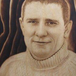 Виктор Костенко. Пирография (выжигание по дереву) Портрет по фото
