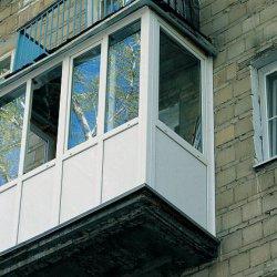 Балконы, утепление и обшивка.